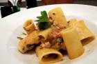 menu_primi_paccheri pesce spada melanzane menta